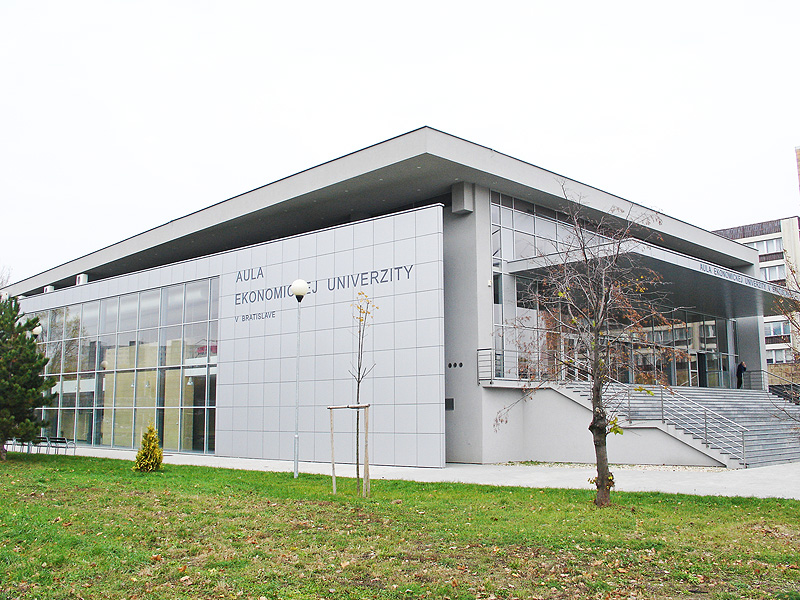 Економічний університет в Братиславі